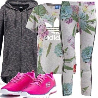 Outfit Leggings, fiori e sport...