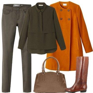 Outfit Il cappotto svasato
