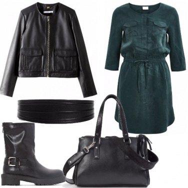 Outfit Mini abito arricciato in vita