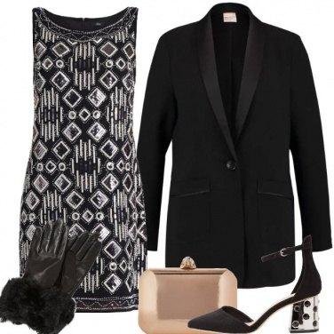 Outfit Chic con dettagli d\'oro