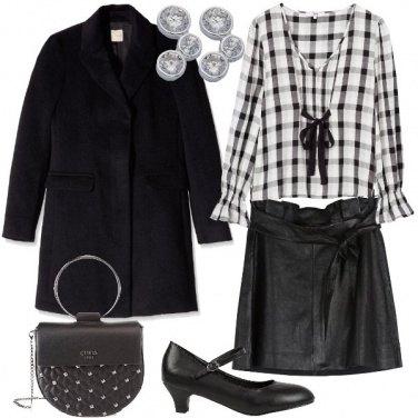 Outfit La blusa a scacchi