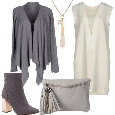 Outfit In grigio più bianco