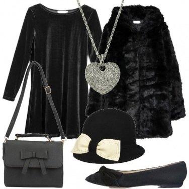 Outfit Un cappello bianco e nero