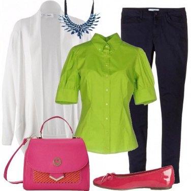 Outfit Comoda ma con colore