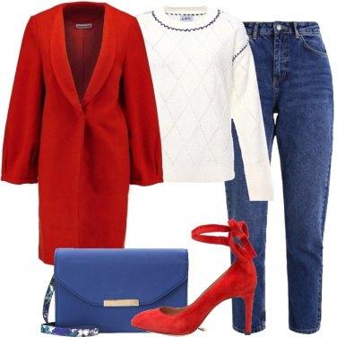 Outfit Rosso per cappotto e décolleté