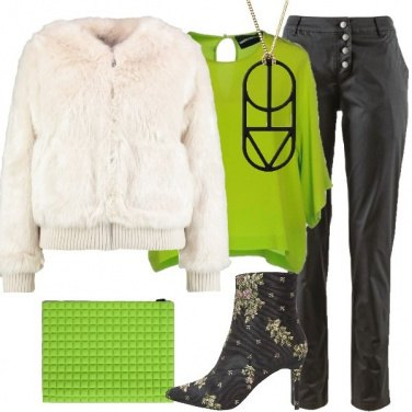 Outfit Blusa in seta verde