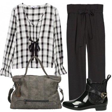 Outfit Domani in bianco e nero