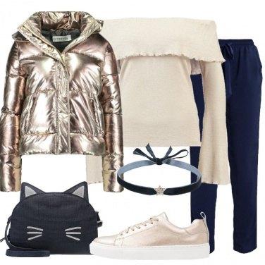 Outfit Deliziosa in oro e blu