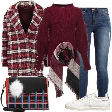Outfit Scacchi e righe