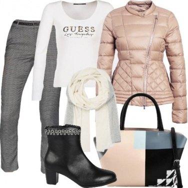 Outfit Blocchi geometrici per la borsa