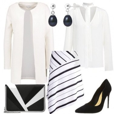 Outfit Bianco con righe