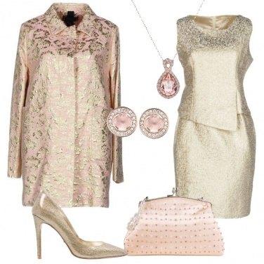 Outfit Splendida in oro e rosa