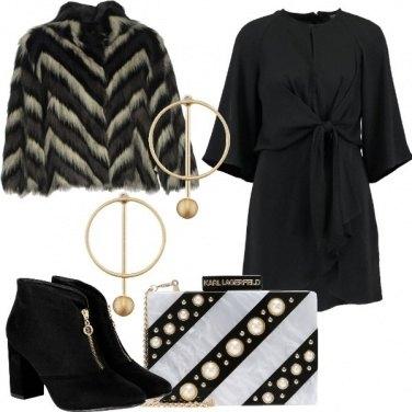 Outfit Righe e cerchi in festa
