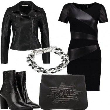 Outfit Nera vestita