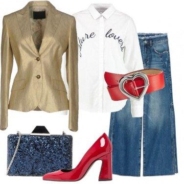 Outfit Jeans e blazer oro