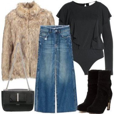Outfit I jeans con gli spacchi