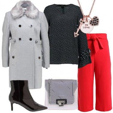 Outfit Grigio rosso e nero