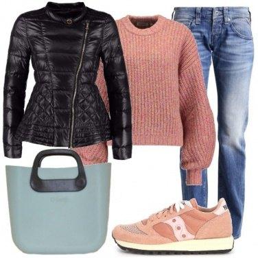 Outfit Azzurro e rosa