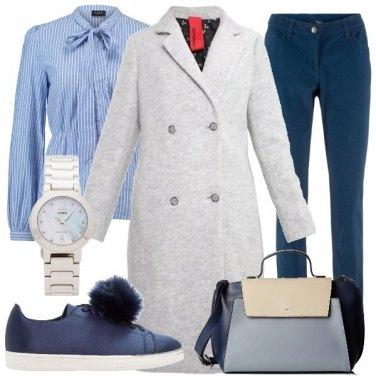 Outfit Sulle note del grigio, azzurro e blu