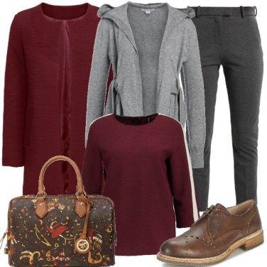 Outfit Note bordeaux e grigie