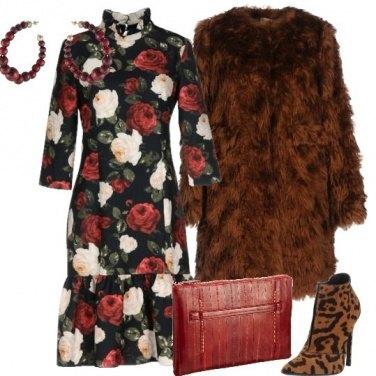 Outfit Fiori animalier ed ecopelliccia