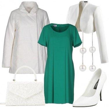 Outfit Verde e perle