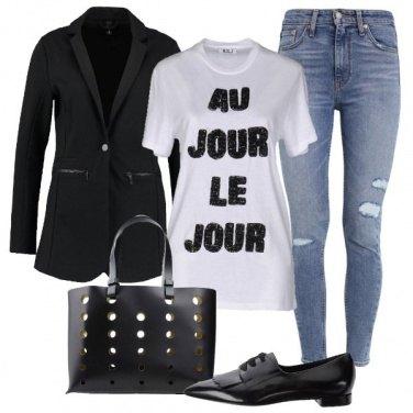 Outfit La t-shirt sotto il blazer