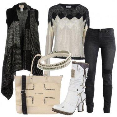 Outfit Grintoso dai toni chiari