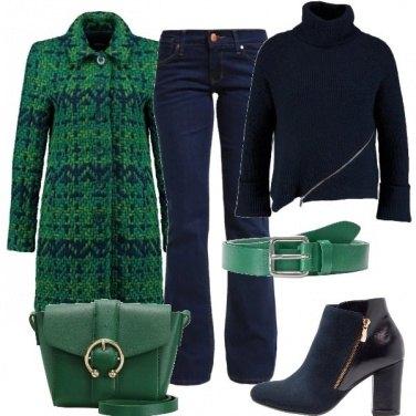 Outfit Cappotto verde e blu