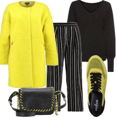 Outfit Righe e sneakers
