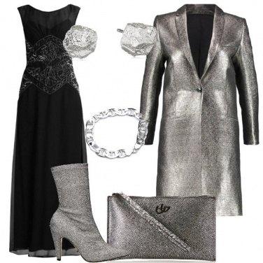 Outfit Un cappotto color argento