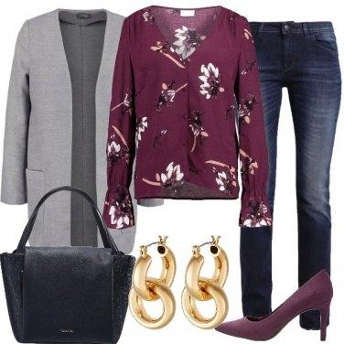 Outfit Grigio e viola