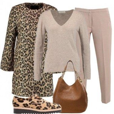Outfit Leopardata con discrezione