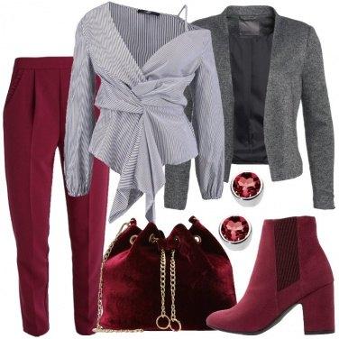 Outfit Bordeaux e grigio