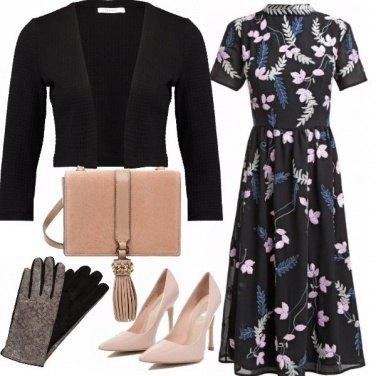 Outfit Femminile, singolare
