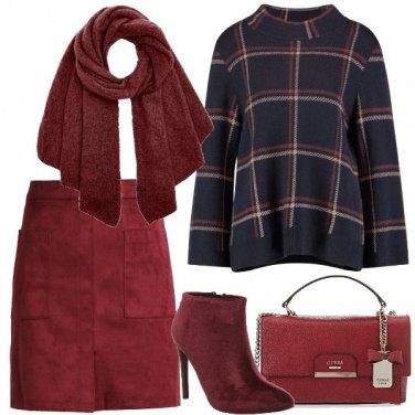Outfit Rosso e blu scuro