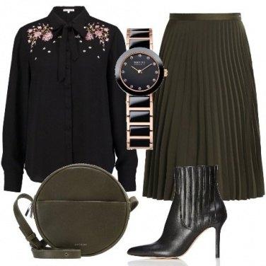 Outfit Gonna plissè verde