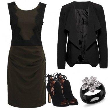 Outfit Il tubino oliva