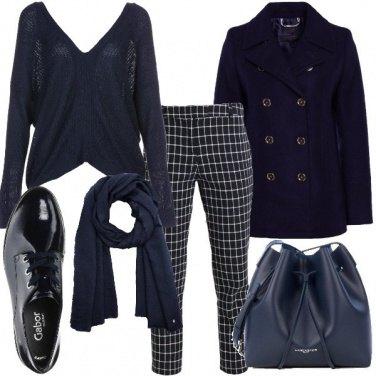 Outfit Giornata in blu