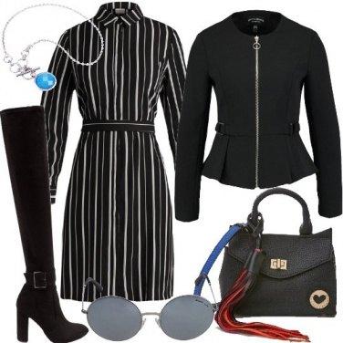 Outfit Abito camicia e stivali overknee