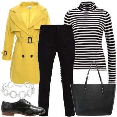 Outfit Il trench giallo