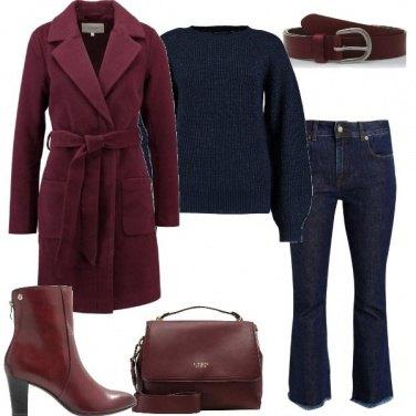 Outfit Borgogna e blu