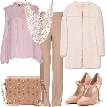 Outfit La delicatezza del rosa