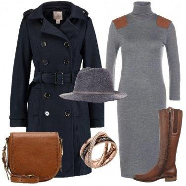 Outfit Cappotto blu scuro
