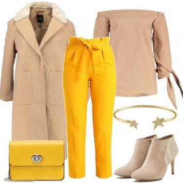 Outfit Il pantalone ocra