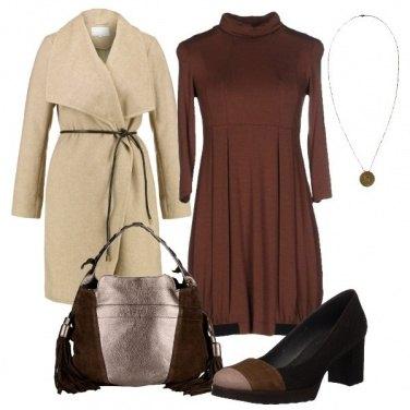 Outfit Il cappotto color sabbia