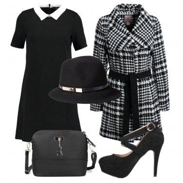 Outfit Il vestito da collegiale