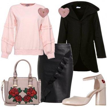Outfit Borsa con le rose