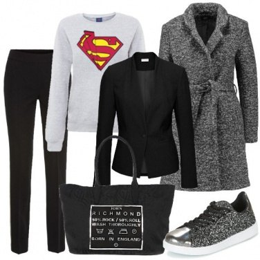 Outfit Super donna