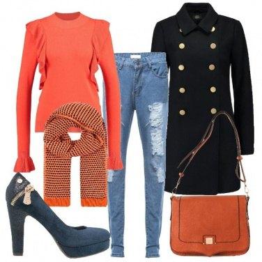 Outfit Arancio e blu